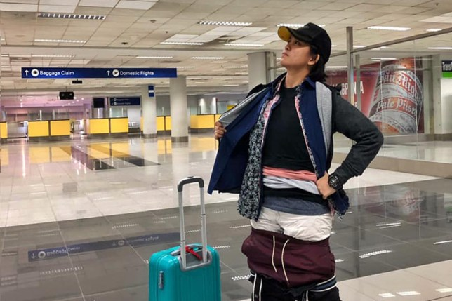 Gel Rodriguez wore 2.5kg of clothes to avoid excess baggage fees