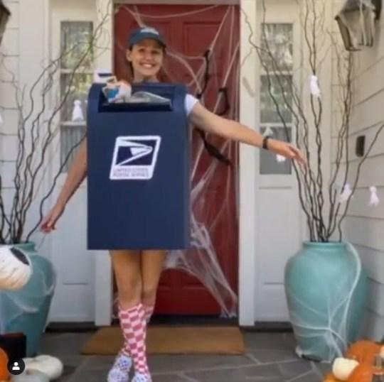 Jennifer Garner Halloween costume