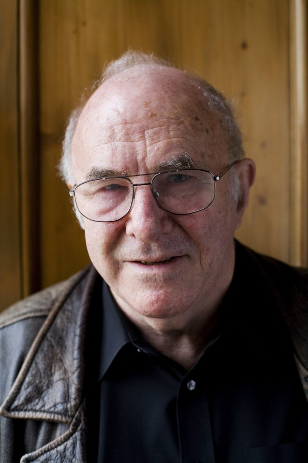 Author Clive James poses for a portrait at the annual Sunday Times Oxford Literary Festival held at Christ Church on March 27, 2006 in Oxford, England. (Photo by David Levenson/Getty Images)