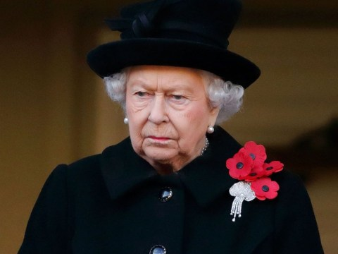 Why does the Queen wear five poppies?