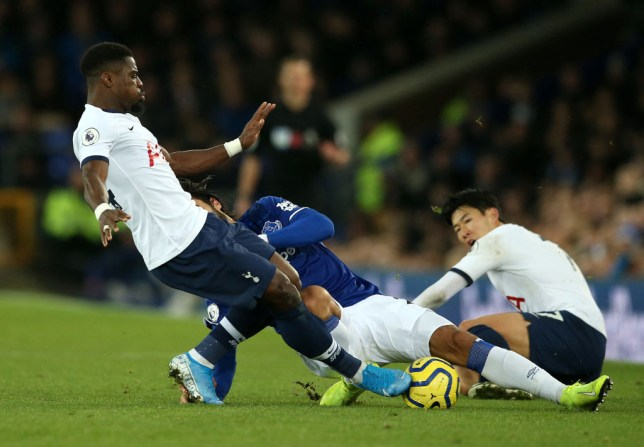 Serge Aurier tackles Andre Gomes
