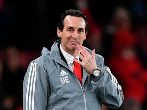 Arsenal goalkeeper Emiliano Martinez apologises to Unai Emery after his sacking