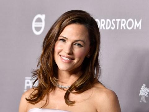 Jennifer Garner shares heartfelt advice on how to heal after fan opens up about 'heavy' breakup
