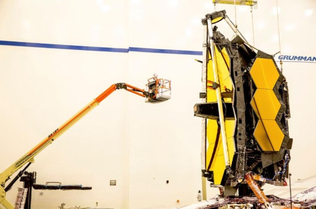 The James Webb Space Telescope under construction in LA (Nasa)