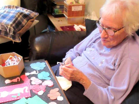 Mum with dementia sells handmade Christmas cards and paper flowers to people around the world
