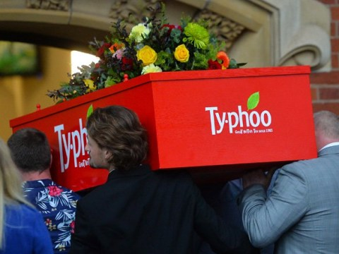 Mum who drank 40 cups of tea per day gets buried in a Typhoo coffin