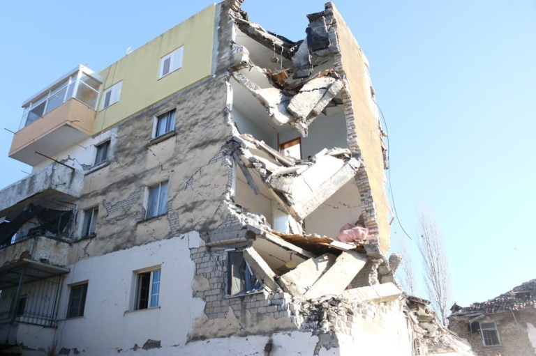 DURRES, ALBANIA - NOVEMBER 26: A damaged building is seen after 6.4-magnitude earthquake hit Albania's Durres city on November 26, 2019. (Photo by Olsi Shehu/Anadolu Agency via Getty Images)