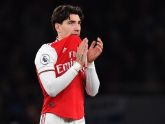 Hector Bellerin responds to Arsenal fans after getting booed off against Brighton