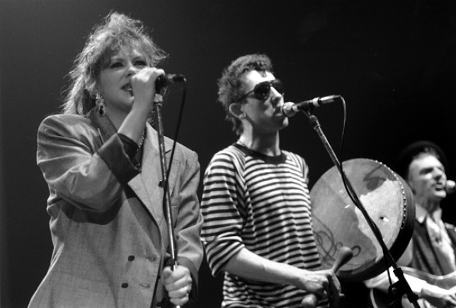 The Pogues performing Fairytale of New York with Kirsty MacColl