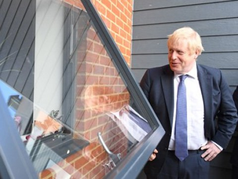 Veteran points out Boris Johnson's dandruff as he visits home
