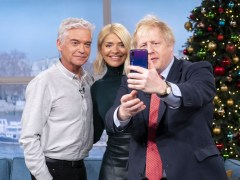 Holly Willoughby and Phillip Schofield criticised for Boris Johnson selfie