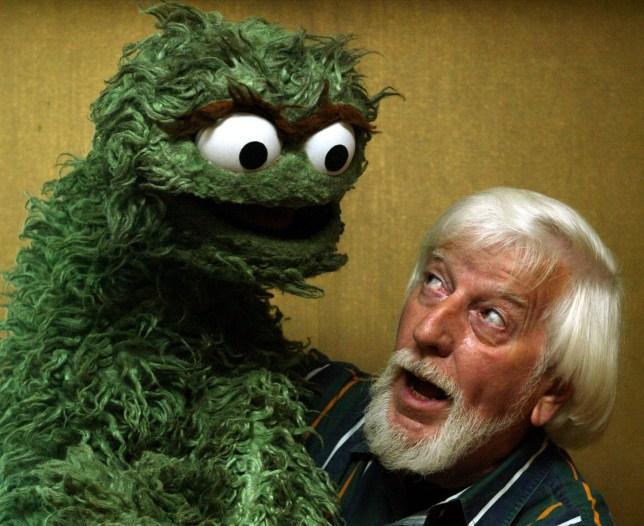 Caroll Spinney Dead Sesame Street S Big Bird Puppeteer Dies