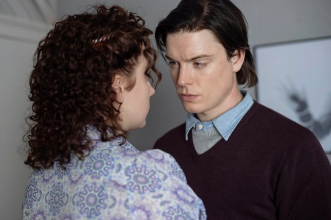 NEW PICTURES PRESENTS FOR ITV WHITE HOUSE FARM Pictured:FREDDIE FOX as Jeremy Bamber and Alexa Davies as Julie. Photographer: AMANDA SEARLE This photograph must not be syndicated to any other company, publication or website, or permanently archived, without the express written permission of ITV Picture Desk. Full Terms and conditions are available on www.itv.com/presscentre/itvpictures/terms For further information please contact: Patrick.smith@itv.com 0207 1573044
