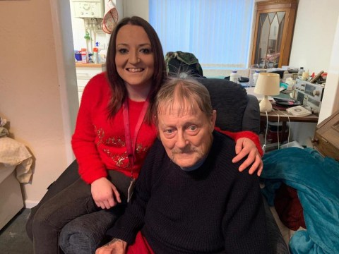 Single mum regularly visits 'grumpy' pensioner who's lonely and the pair are now best friends