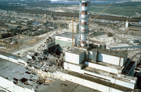 The Chernobyl nuclear power plant a few weeks after the disaster in 1986. (Photo by Laski Diffusion/Getty Images)