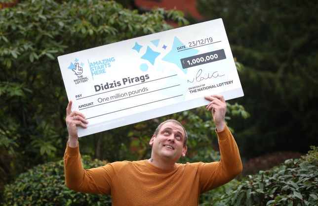 Dad turns up for Christmas shift at work despite lottery win