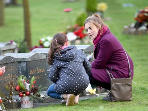 Coronation Street spoilers: Jade Rowan kidnaps Hope and takes her to John Stape's grave