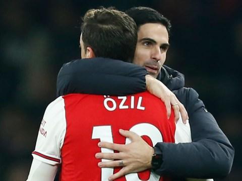 Darren Bent slams 'snake' in Arsenal dressing room after Mesut Ozil exposed