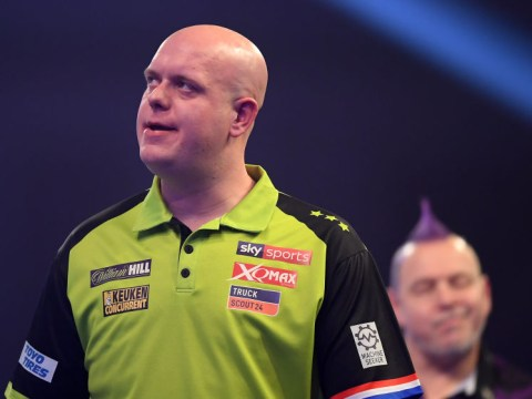 Phil Taylor backs Peter Wright to usurp Michael van Gerwen as world number one
