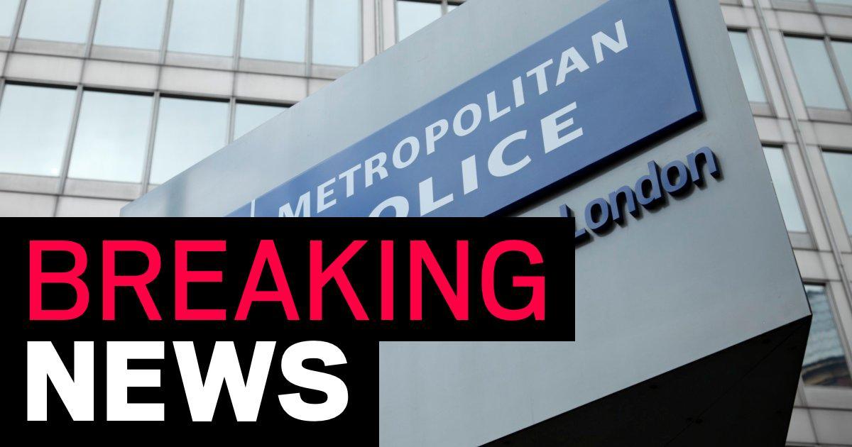 Serving Metropolitan Police officer arrested for suspected terrorism offence