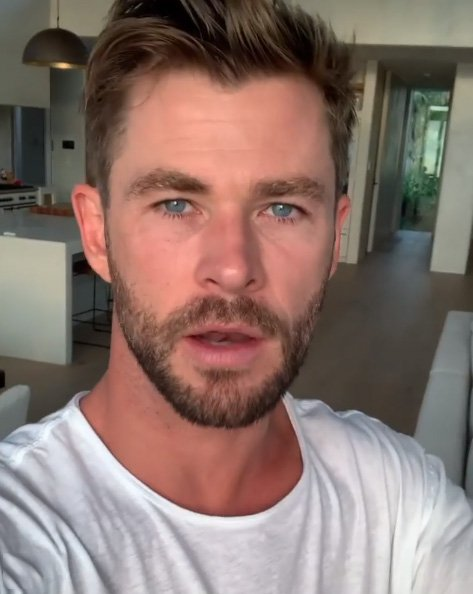 Chris Hemsworth donates $1m to bushfire relief (Picture: @chrishemsworth/Instagram)