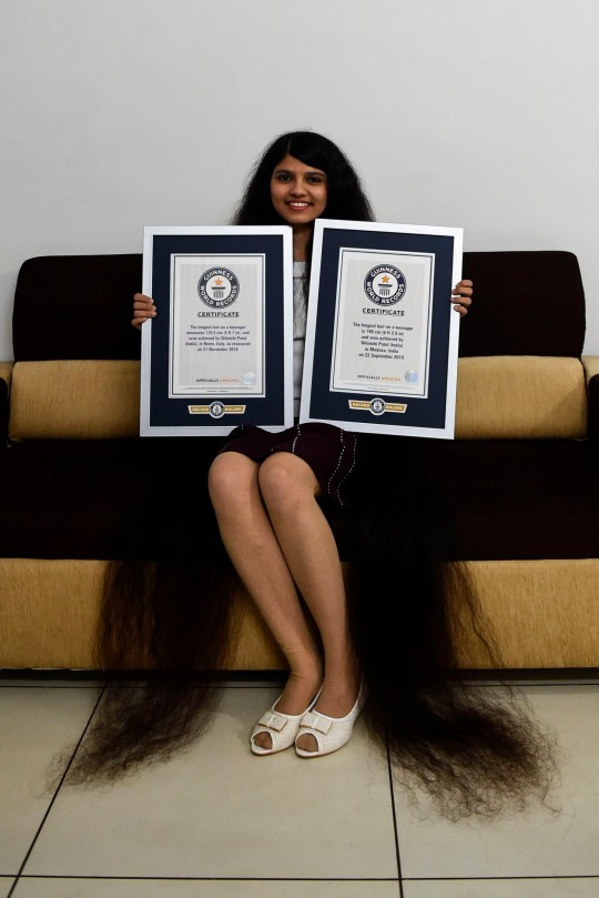 Indian Real Life Rapunzel Teenager Breaks Record With 6ft 2in Long Hair Metro News