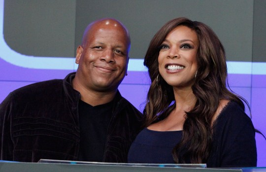 NEW YORK - AUGUST 25: Kevin Hunter and Wendy Williams rings the opening bell at the NASDAQ MarketSite on August 25, 2010 in New York City. (Photo by John Lamparski/WireImage)