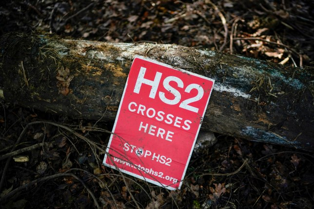 A hs2 warning sign