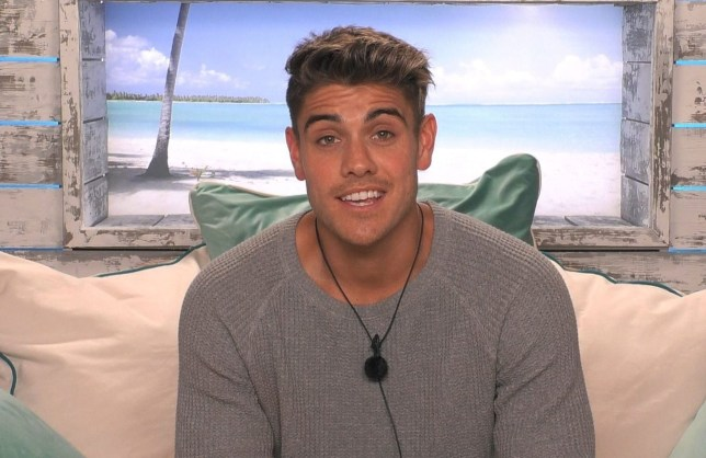 Editorial Use Only. No Merchandising. No Commercial Use. Mandatory Credit: Photo by ITV/REX (10544630c) Luke Mabbott 'Love Island' TV Show, Series 6, Episode 20, South Africa - 31 Jan 2020 *Mike pulls Luke M for a chat *Islanders challenged to play 'Oktobersesh!' *Rebecca and Wallace discuss their coupling *Callum and Shaughna quizzed on their status *Islanders must vote for least compatible couples