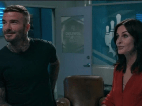 Friends star Courteney Cox and David Beckham's hilarious Modern Family hot tub cameo finally airs