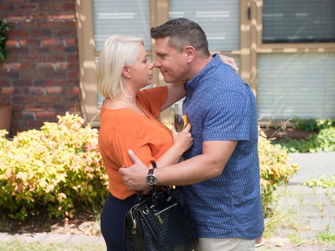 Neighbours spoilers: Mark and Lucy shock proposal after secret sex romp