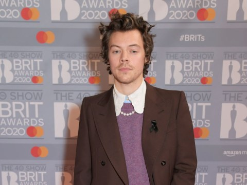 Does Harry Styles have a girlfriend and who has he dated in the past?