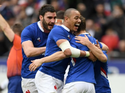 France survive late charge from England to win Six Nations thriller