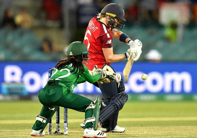 Heather Knight starred with the bat again as England beat Pakistan at the T20 World Cup