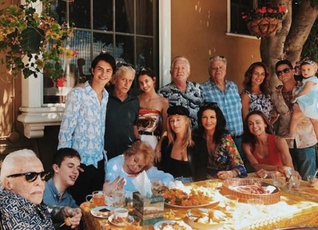 Kirk Douglas last family pic