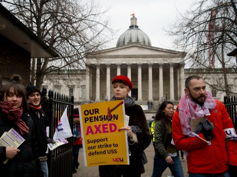 Uni students demand £860 each for lectures missed during staff strikes