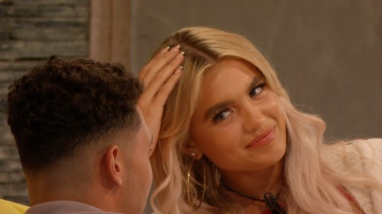 From ITV Studios Love Island: SR6: Ep23 on ITV2 Pictured: Callum and Molly chat. This photograph is (C) ITV Plc and can only be reproduced for editorial purposes directly in connection with the programme or event mentioned above, or ITV plc. Once made available by ITV plc Picture Desk, this photograph can be reproduced once only up until the transmission [TX] date and no reproduction fee will be charged. Any subsequent usage may incur a fee. This photograph must not be manipulated [excluding basic cropping] in a manner which alters the visual appearance of the person photographed deemed detrimental or inappropriate by ITV plc Picture Desk. This photograph must not be syndicated to any other company, publication or website, or permanently archived, without the express written permission of ITV Picture Desk. Full Terms and conditions are available on the website www.itv.com/presscentre/itvpictures/terms For further information please contact: james.hilder@itv.com / 0207 157 3052