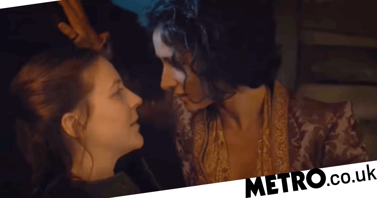 Gemma Whelan improvised lesbian kiss on Game of Thrones