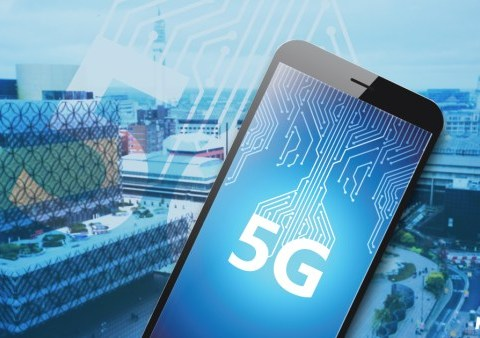 Don't worry, 5G is entirely safe say international radiation experts