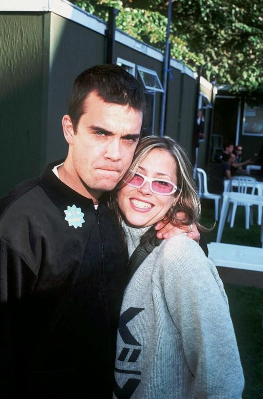 Robbie Williams en la foto con Nicole Appleton
