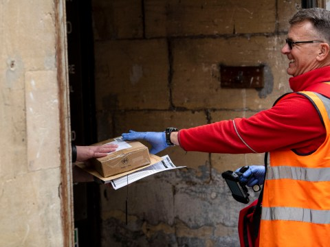 Royal Mail workers offer to become 'emergency service' amid coronavirus crisis