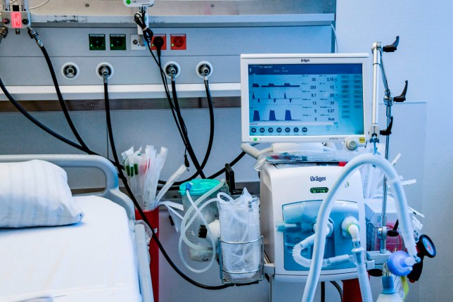 A ventilator is pictured during an instruction of doctors at the Universitaetsklinikum Eppendorf in Hamburg, on March 25, 2020. - Currently ten Covid-19/ Corona patients are treated in the hospital. (Photo by Axel Heimken / POOL / AFP) (Photo by AXEL HEIMKEN/POOL/AFP via Getty Images)