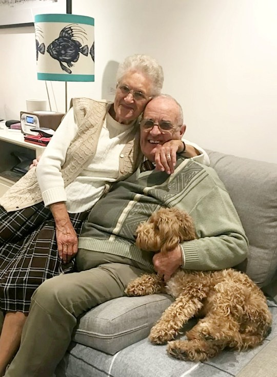 A video of a carer and his wife singing along to a wartime song has been watched by thousands online