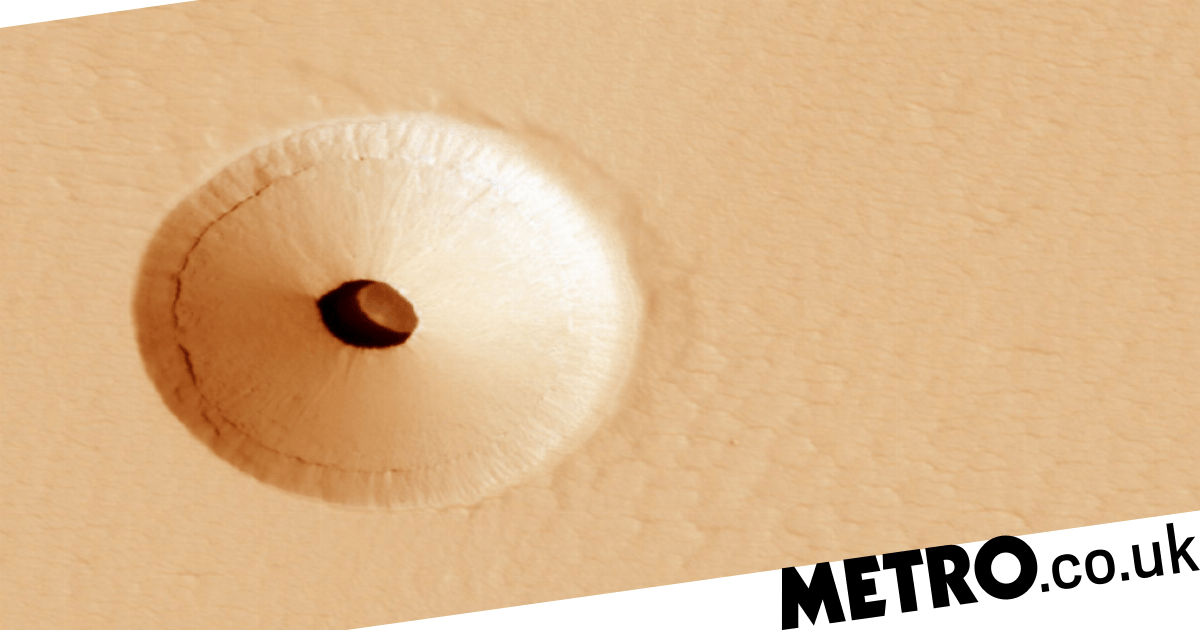 Nasa spots hole on Mars leading to cavern which could be home to 'Martian life'
