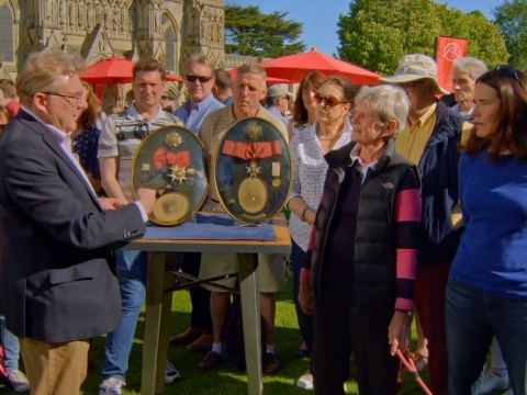 Antiques Roadshow war medals valued at £100,000 despite the 'most appalling condition'