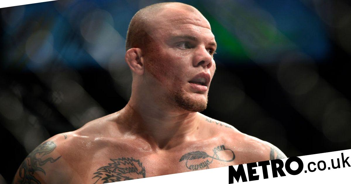 UFC star Anthony Smith details fighting intruder during terrifying home invasion - metro