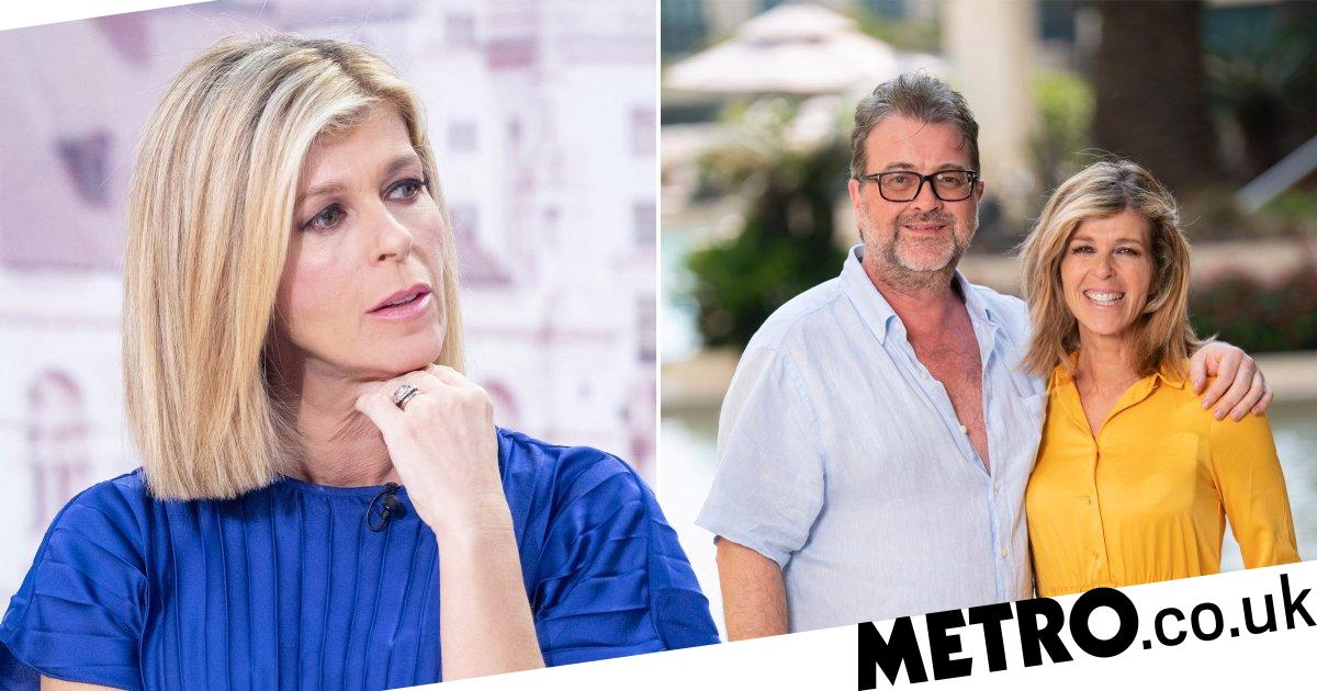 Kate Garraway has 'extra special reason' to clap for NHS as husband is in ICU