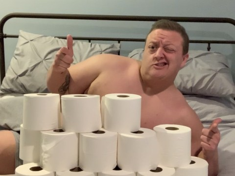 Man updates Tinder profile with pictures surrounded by toilet paper to impress dates