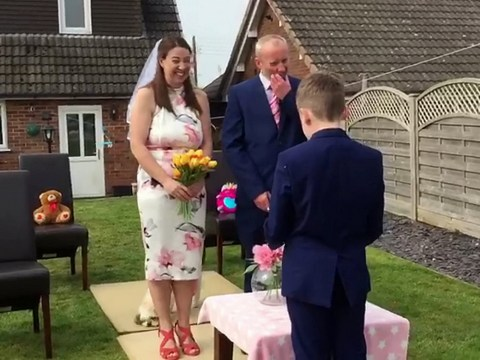 Kids throw parents a surprise wedding in the garden after plans to marry were cancelled due to coronavirus
