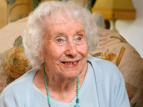 Dame Vera Lynn to sing We'll Meet Again in lockdown as she shares message of hope for VE Day